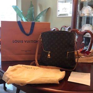 Louis Vuitton Melie monogram bag.  AUTHENTIC